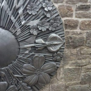 BroomhillLaneBroomhillFlowerSculpture
