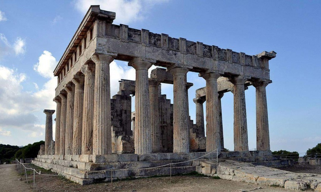 The Temple of Aphaia, built in 500BC. Photo credit By Paweł 'pbm' Szubert (talk) - Own work, CC BY-SA 3.0.