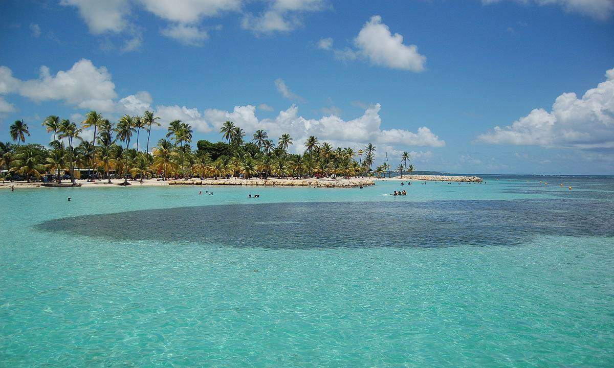 Explore The Beauty Of Caribbean: 5 Beaches Of Guadeloupe (One For Every Mood)