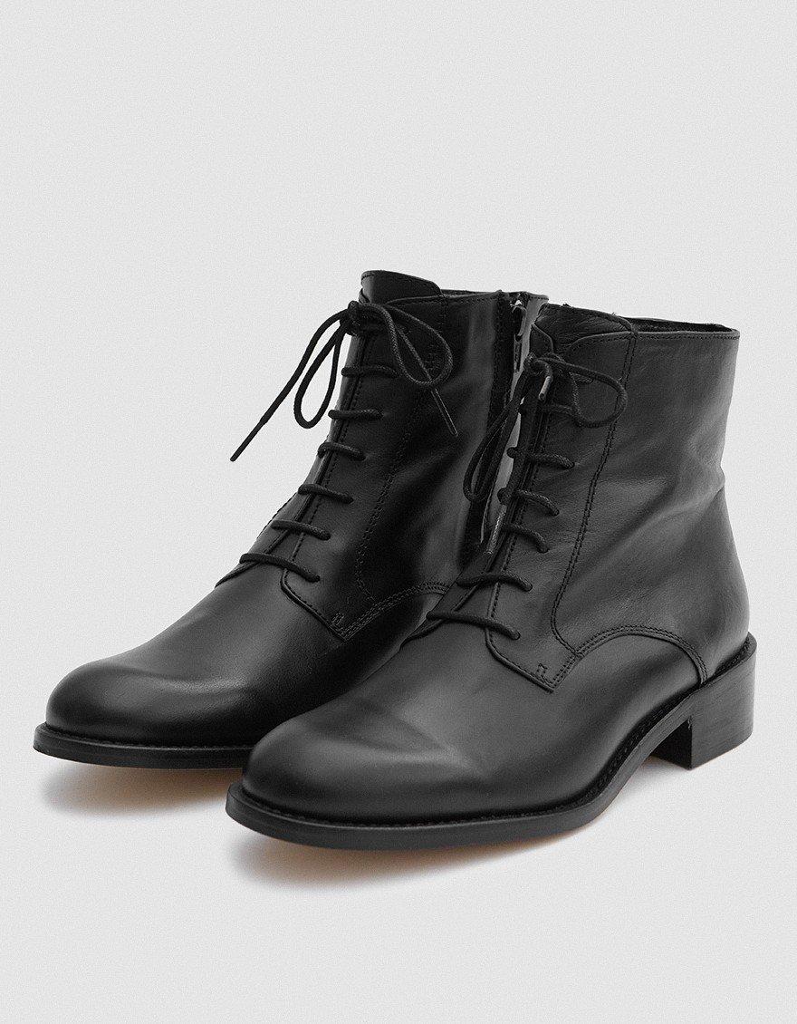 Intentionally Blank Antonio Boots